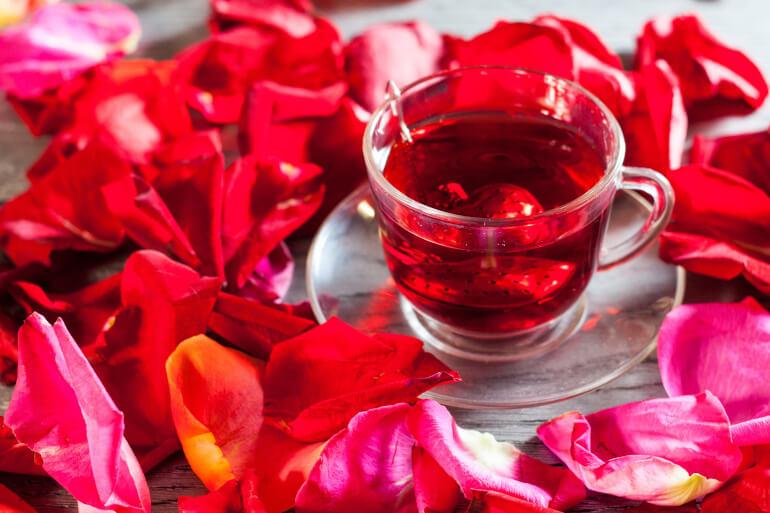 Aromatisierter Tee Rosen